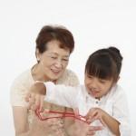 遊び道具を手作り、祖父母へのプレゼントに![9/16]